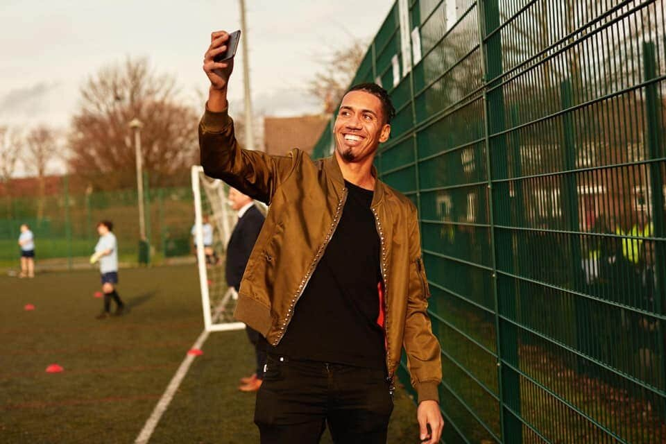 AC Milan enters the race for Chris Smalling